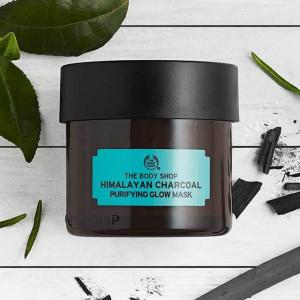 himalayan-charcoal-purifying-glow-mask-12-640x640