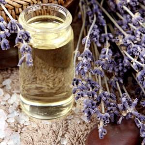 marie-claire-huile-essentielle-lavande-aspic