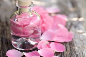 eau-de-rose-younique